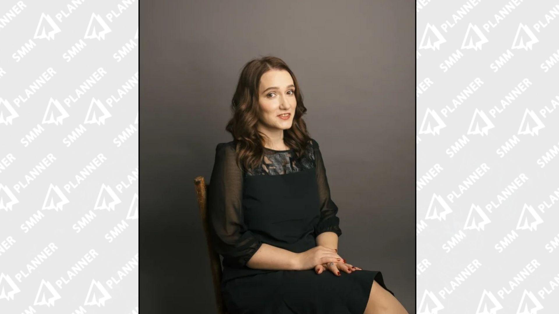 Копирайтер и интернет-маркетолог Надежда Богданова сделала свой сайт только в 2021 году. А очередь клиентов из соцсетей стоит к ней уже несколько лет